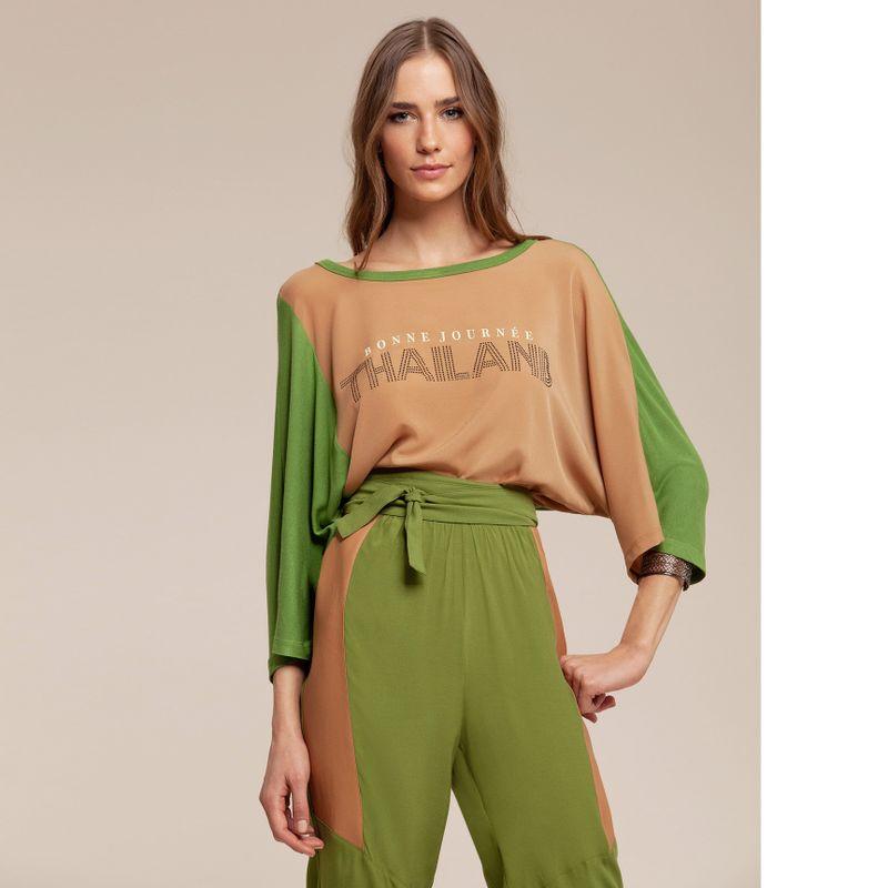 T-shirt bicolor Thailand com aplicações